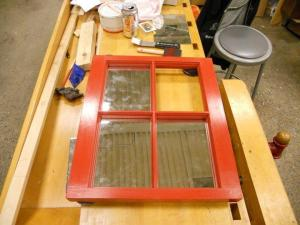 Setting the mirror with glazing points
