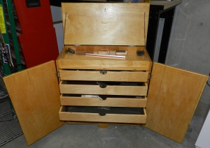 Front view with drawer's opened