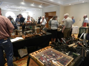 Tool show and swap