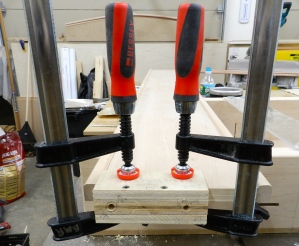 Shop made jig for drilling centered holes