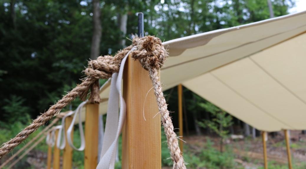 Tie down ropes secured.